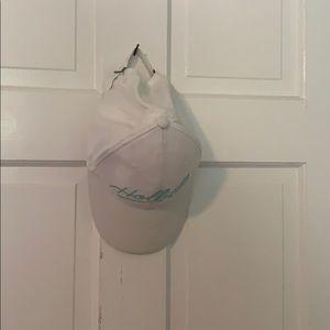 White hollister hat